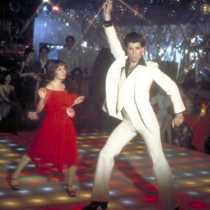John Travolta tanssii elokuvassa Lauantai-illan huumaa