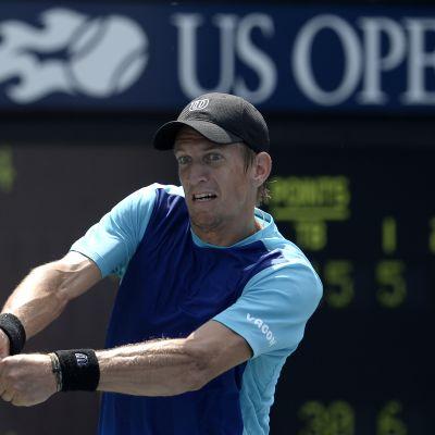Jarkko Nieminen förlorade i dubbeln i US Open.