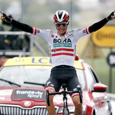 Patrick Konrad ajoi 16. etapin voittoon.