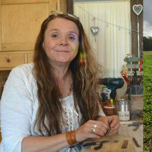 Sharlena Lahtinen till vänster håller på med att göra ett smycke. Till höger Ari Tuominen på Åker med metalldtektor.