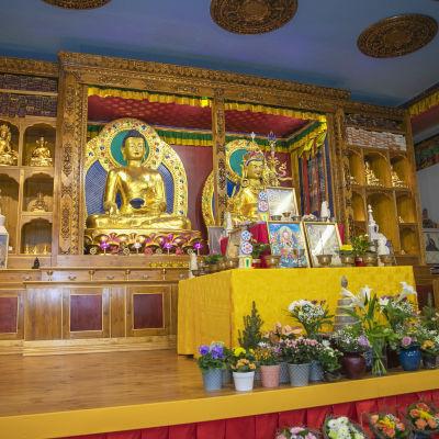 Alttari Dharma-keskus Danakoshassa.