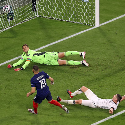 Karim Benzema satte bollen i nätmaskorna.