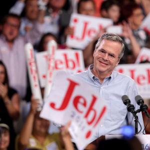 Jeb Bush sparkade i gång sin presidentvalskampanj i Miami.