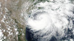Satelliittikuva hurrikaanista.