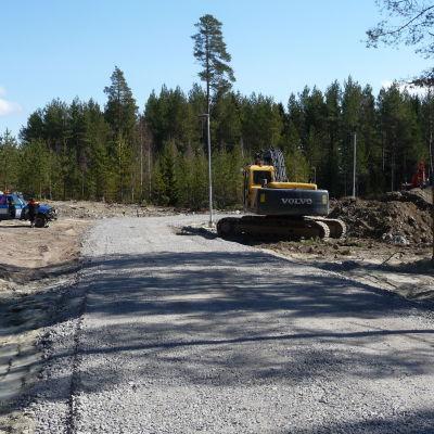 Grävskoporna har börjat jobba på Gerby V-området