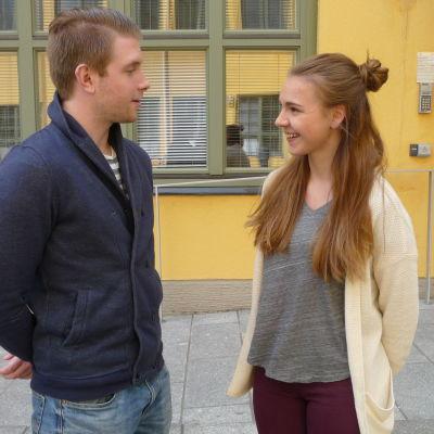 Oscar Nyman och Jasmine Grönblad, samhällsvetare vid ÅA