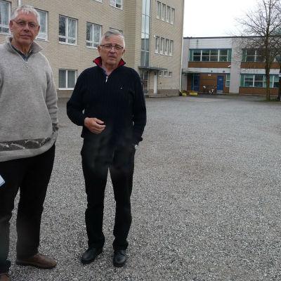 Ole Bergen och Jorma Ake från Pargas reservofficerare