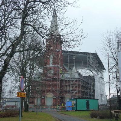 Kristinestads kyrka renoveras.