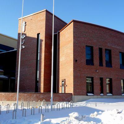 Det nya ämbetshuset i Jakobstad.