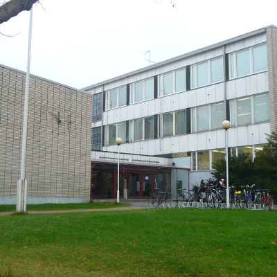borgå handelsläroverk och porvoon terveydenhuolto-oppilaitos i Borgå