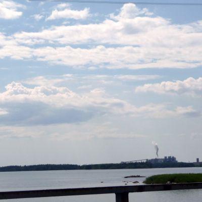 M-reals fabrik i Kaskö är i full gång