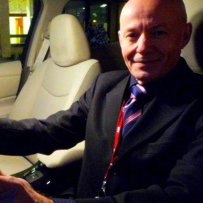 Heikki Uusitalo bakom ratten till Vasas första elbil