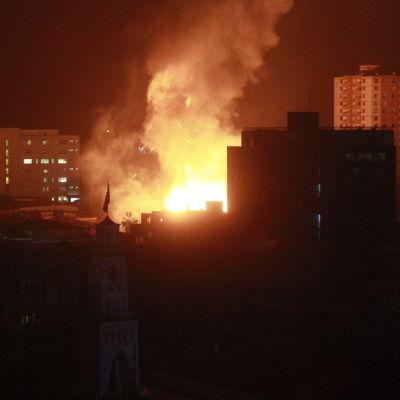 Bild från Chile som drabbades av en stor jordbävning natten till onsdagen.