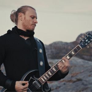 Tobias Tåg.
