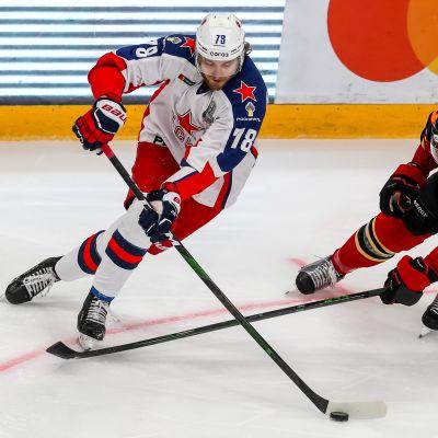 Maksim Shalunov ja Ville Pokka kuvassa
