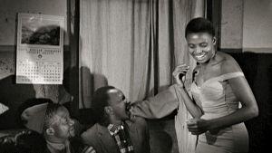 Miriam Makeba. Arkistokuva Mika Kaurismäen dokumenttielokuvasta Mama Africa. .