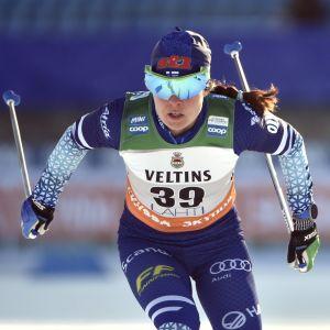 Krista Pärmäkoski åker i Lahtis.