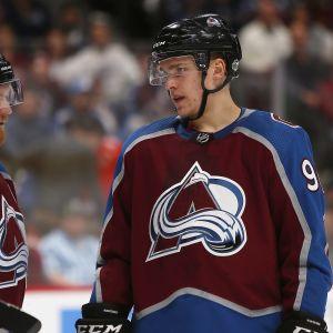 Gabriel Landeskog och Mikko Rantanen i NHL.