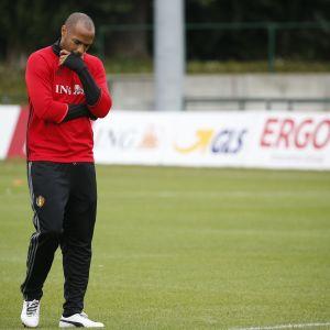 Thierry Henry går.