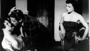 Kuva Luis Buñuelin elokuvasta Archibaldo de la Cruzin rikollinen elämä