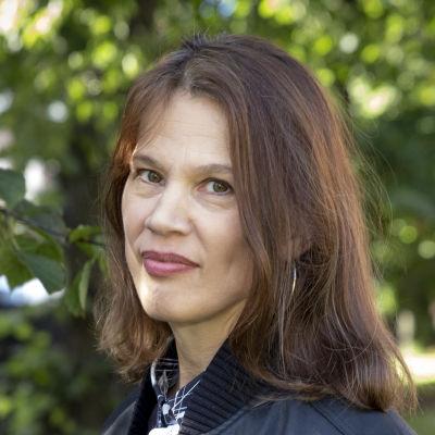 Elina Pylkkänen on suomalainen taloustieteilijä ja Palkansaajien tutkimuslaitoksen johtaja.