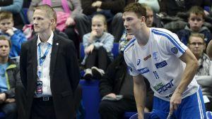 Finlands innebandylandslags tränare Petri Kettunen.