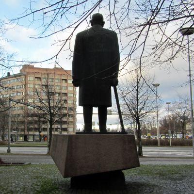 Paasikiven patsas Lahdessa