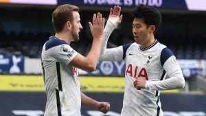 Harry Kane och Heung-Min Son firar mål.
