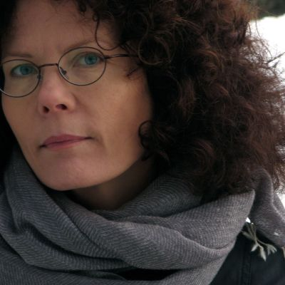 Författaren My Lindelöf.