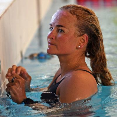 Liisa Lilja i Björneborgs simhall våren 2021.