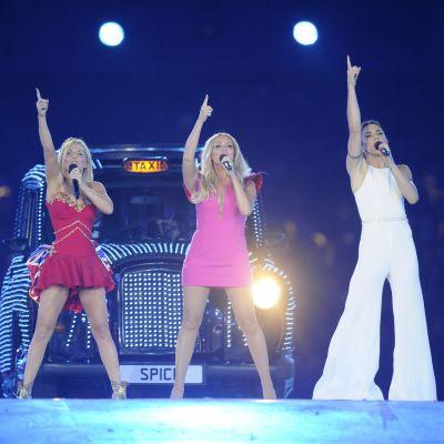 Spice Girlsit Lontoon olympialaisissa 2012.