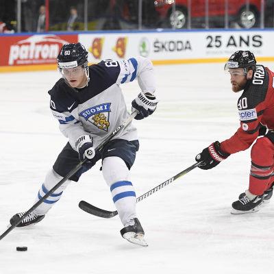 Julius Honka under VM-matchen i ishockey 2017.