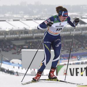 Anita Korva och Katri Lylynperä i världscupsprinten i Lahtis.