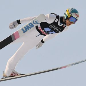 Antti Aalto hoppar