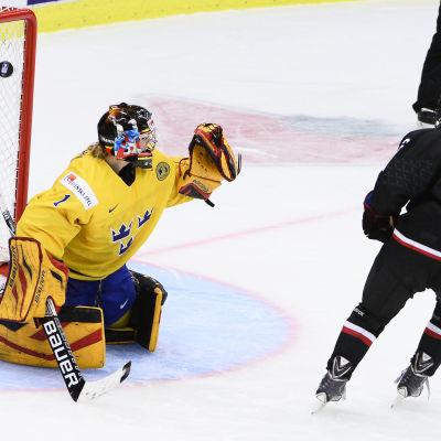 Japan vinner mot Sverige efter straffar.