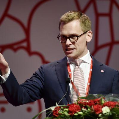 Antton Rönnholm valdes till SDP:s nya partisekreterade vid partikongressen i Lahtis den 4 februari 2017.