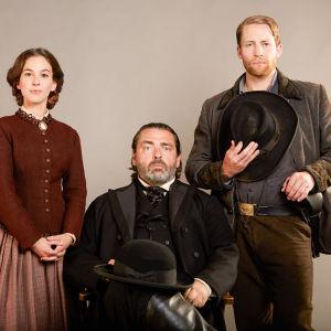 Martha MacIsaac (Kate Warne), Angus Macfadyen (Allan Pinkerton) ja Jacob Blair (William Pinkerton)