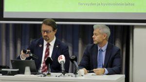Professor Mika Salminen, överläkare Taneli Puumalainen