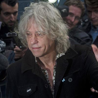 Bob Geldolf anländer till Sarm Studion för att spela in Band Aid 2014.
