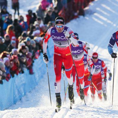 Iivo Niskanen, Emil Iversen joulukuussa 2019 Lillehammerin laduilla.