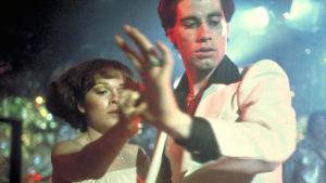 Saturday Night Fever. Lauantai-illan huumaa. Kuvakaappaus elokuvasta.