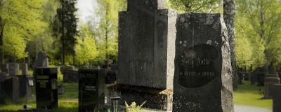 Selly Aallon hauta Jyväskylän vanhalla hautausmaalla.