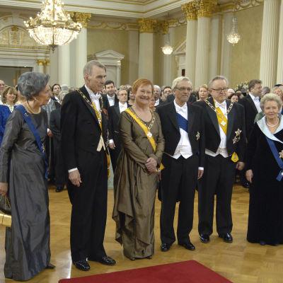 Kolme presidenttiparia Linnan juhlissa 2010