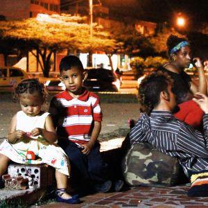 Miljoonat ihmiset pakenevat Venezuelan nälkää ja kurjuutta.