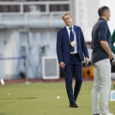 Markku Kanerva ei ollut tyytyväinen näkemäänsä Viro-ottelussa