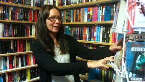 Pernilla Söderlund är vd för Mariehamns bokhandel