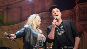 Anita Hegerland ja Jari Sillanpää ohjelmassa Melkein unplugged.