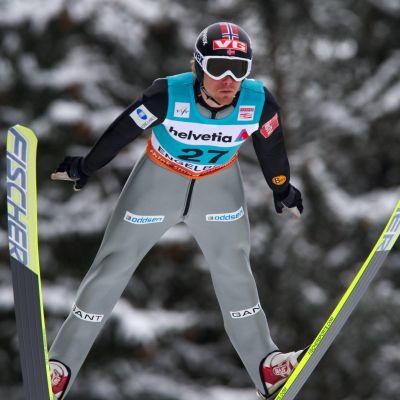 Björn Einar Romören flyger