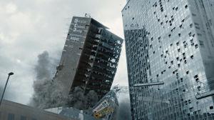 Två skyskrapor rasar samman i The Quake.