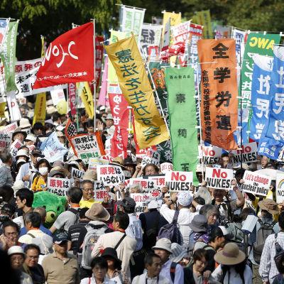 Anti-kärnkraftsdemonstration i Tokyo